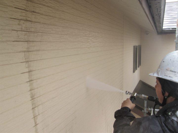 外壁塗装(2階)②⇨