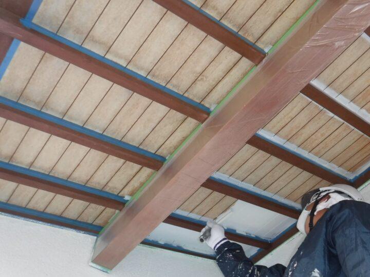 軒天井塗装工事⇨