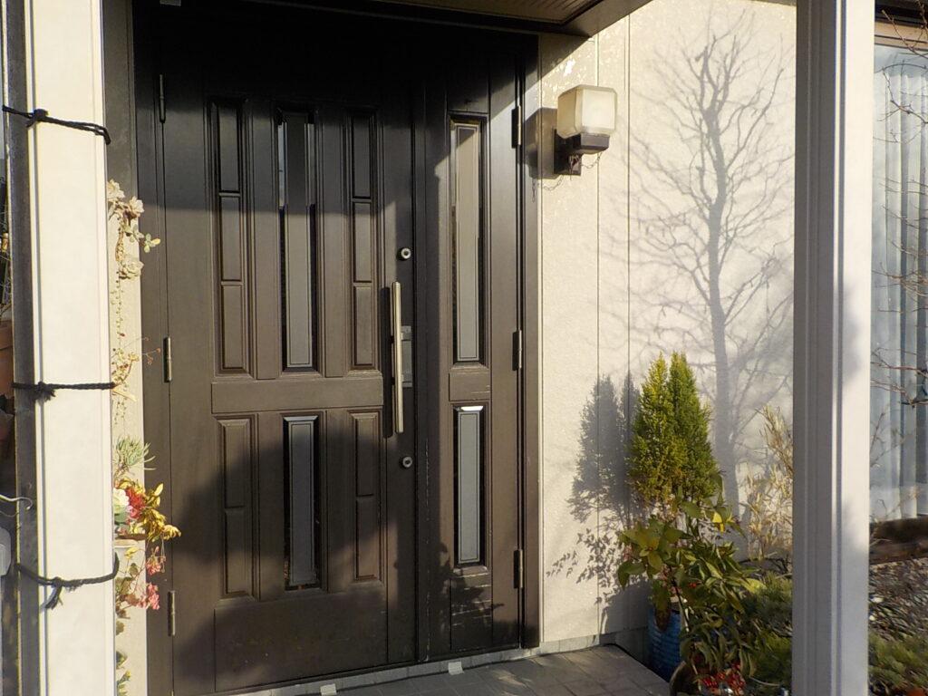 玄関ドア塗装 北九州市