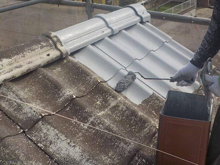 ③下塗り(屋根)
